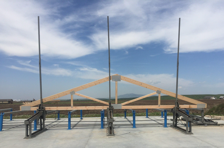 truss assembling